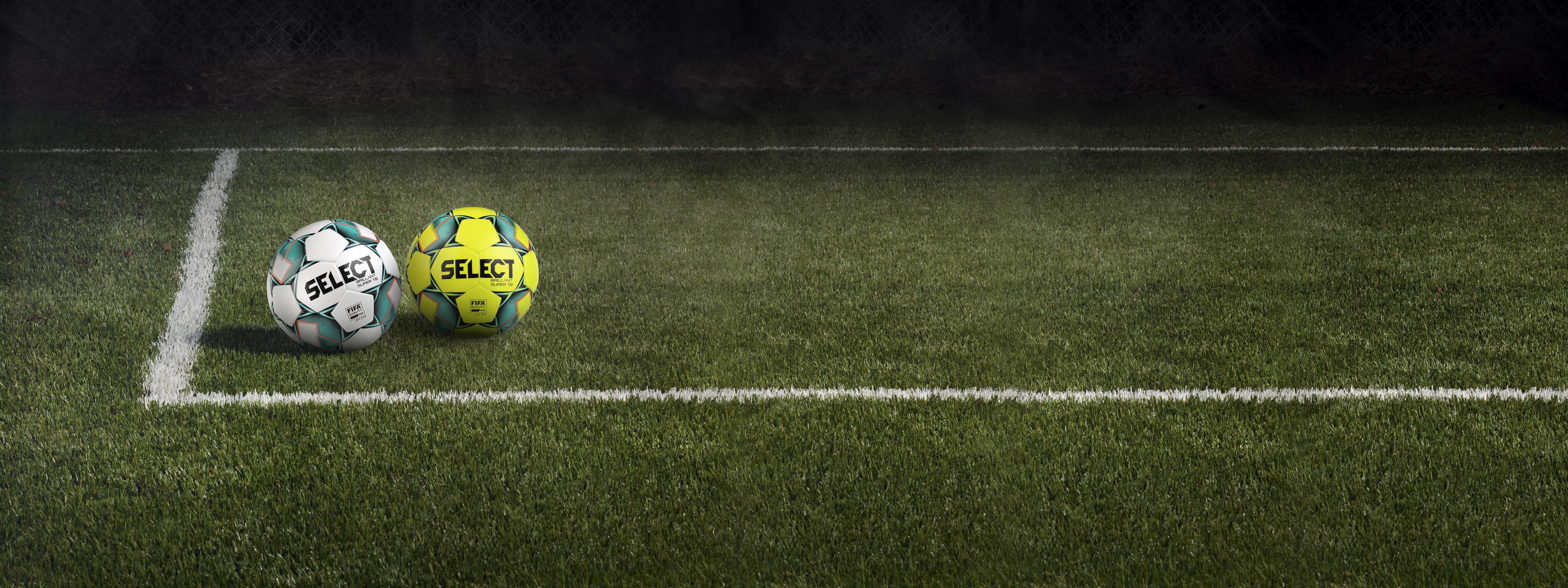 Игра извън футболната врата