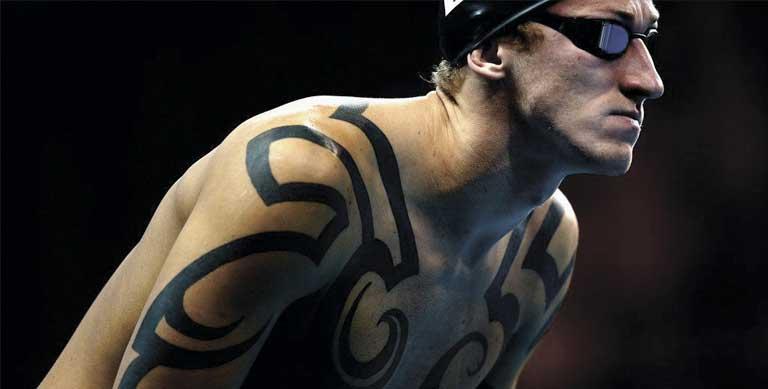 Татуировките на известните плувци